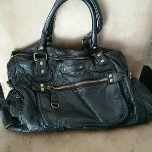 Deena & Oozzy Handbags - Deena & Ozzy black handbag