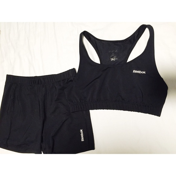 3088fb636ff99 Reebok PlayDry bundle shorts and sports bra (kids).  M 57256fe44e8d17be2201a107