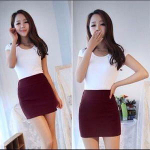 Mini pencil skirt in wine red