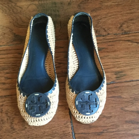 27c3389123eacb TORY BURCH RORY CROCHET FLATS COCONUT NAVY LEATHER.  M 572618f7fbf6f932c6002d15
