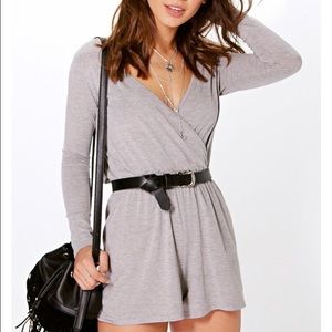 Boohoo Petite Other - Wrap over jersey play suit