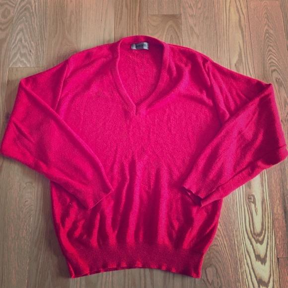 Jantzen Other - Vintage Men's red v-neck wool knit sweater