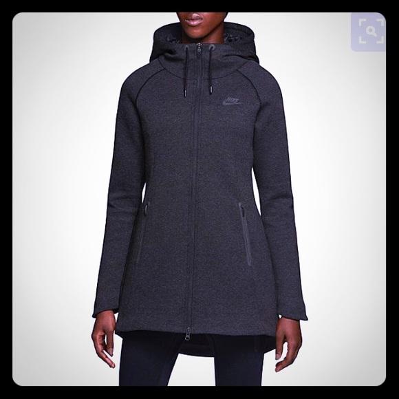c465e8fb72c6 Nike Tech Fleece Aeroloft Parka - Size Small. M 575b7628b4188e235c00b8e6