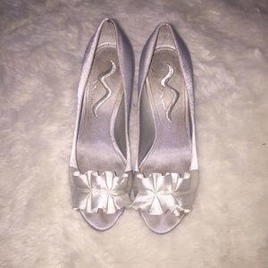 Nina Ricci Shoes - Nina Ricci Silver Pumps