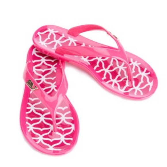 982e4f77ca71 Whale Tail Jelly Flip Flops size 8