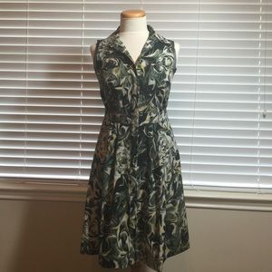 Sleeveless Simply Vera Buttoned Dress