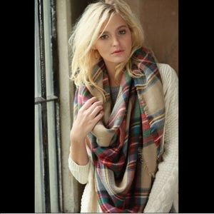  Plaid Blanket Scarf in Red/Cream