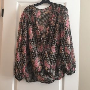 Tops - Plus Size 2X Black & White Floral Blouson Top