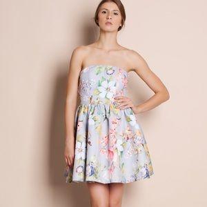Bare Anthology Dresses - NBF ❤️ Strapless Floral Flare Dress