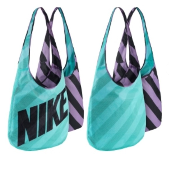 NIKE WOMEN S REVERSIBLE TOTE GYM SHOULDER BAG NWT cd663ca2d8a82