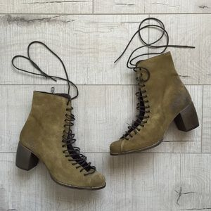 Jeffrey Campbell Lace Up Boots LF *NEW*
