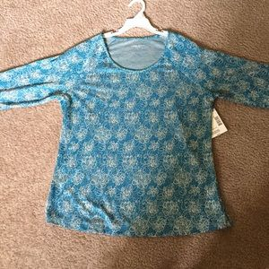 Brand new top for women size L