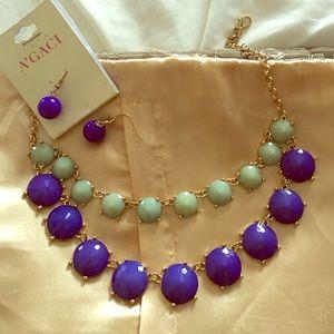 Gorgeous mint and blue necklace set