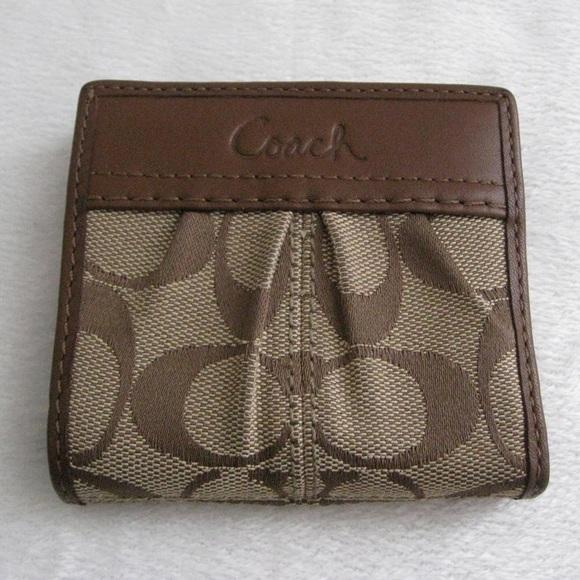 afc809a38332 Coach Handbags - Coach Small Bifold Wallet