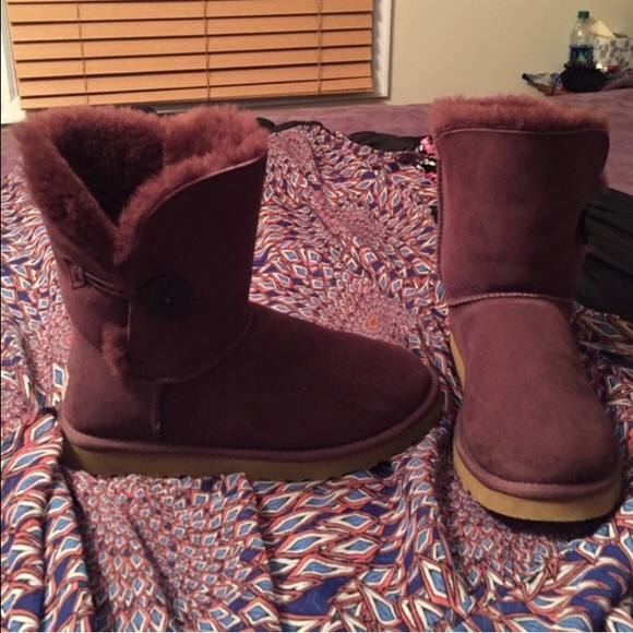ae4865cc7f4 Wine Bailey Button Uggs
