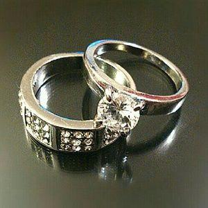 Jewelry - *NEW* Silver Tone Diamond Crystal Rings