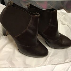 Max studio brown Chelsea leather booties size 8.5