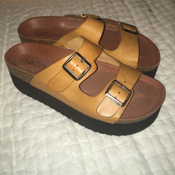 df030358bcd Sixtyseven Indigo Platform Sandals. M 5726bb91f09282edd10658e9