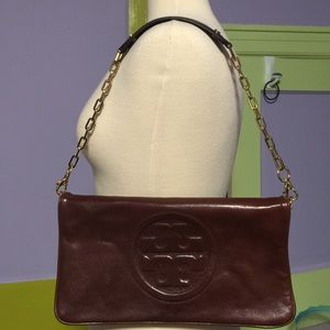 Tory Burch Reva Fold over cluth