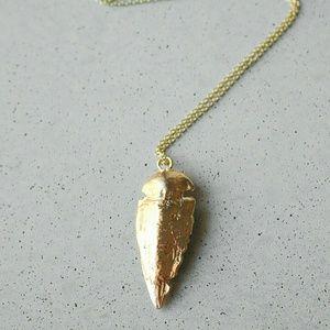 Iconic Legend Jewelry - Gold arrowhead charm boho choker necklace