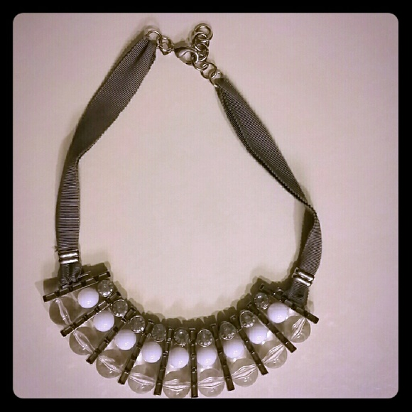 Banana Republic Jewelry - Banana Republic Statement Necklace Bib