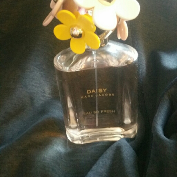 Marc Jacobs Makeup - Marc Jacobs Daisy Eau So Fresh 4.25oz