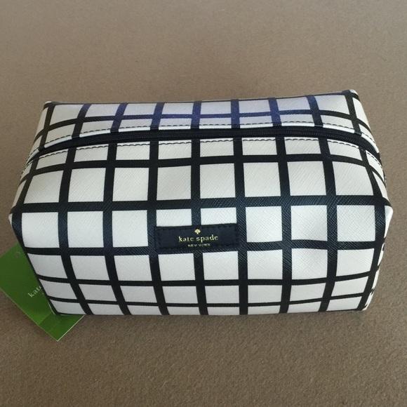 b8243c903287 Kate Spade Medium Davie Cosmetic Bag