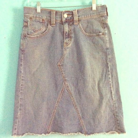 60% off Levi's Dresses & Skirts - Darling Levi's denim skirt. Size ...