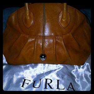 💲⤵️⤵️⤵️⤵️⤵️Furla handbag