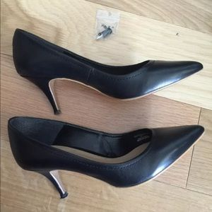 Zara basic black pumps