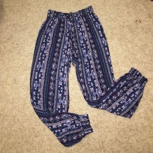 Fun, patterned flowy pants!