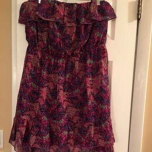 No Boundaries Dresses & Skirts - Flowy strapless dress