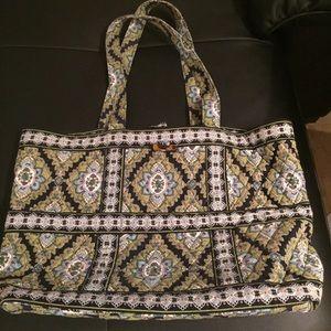 Vera Bradley Wide Tote Bag in Green Print