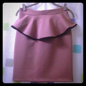 Mystic Dresses & Skirts - 💎 2/$20 - skirt with peplum waist design- sz. L