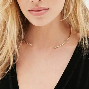 Forever 21 Jewelry - Open Gold Rhinestone Chocker Necklace
