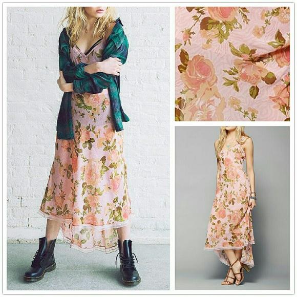 d992ac8610f72 Betsey Johnson Dresses & Skirts - Betsey Johnson Vintage X Uo Tori Pink Slip  Dress S