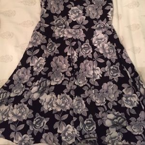 a1bdbe43e4 Urban Outfitters Dresses - Black and white rose skater dress