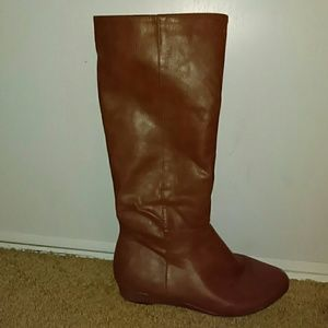 Tan boots with small heel
