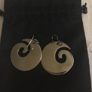 steel by design Jewelry - Swirl hoop earrings