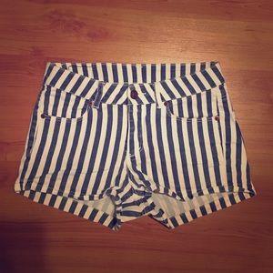 H&M sweet side stripe shorts