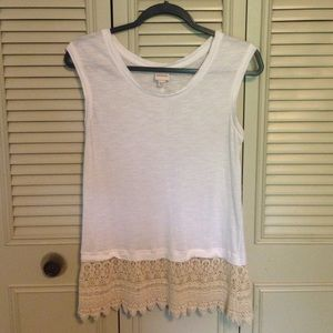 White top with lace crotchet trim