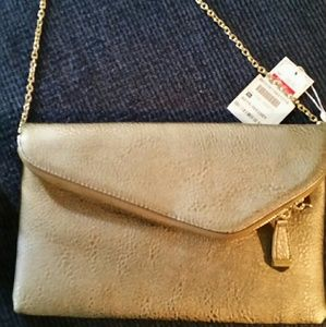 NWT! Stylish Pewter Clutch w/ Gold Shoulder Strap