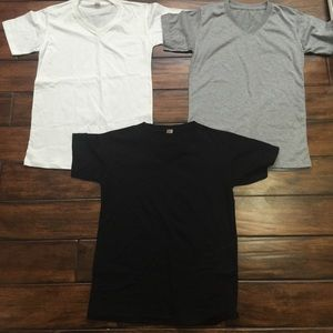 NWT gray v neck tee shirt
