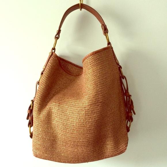 b339beb34b67  tano  Metallic Woven Bag. M 5728e9678f0fc4e6f5006e45