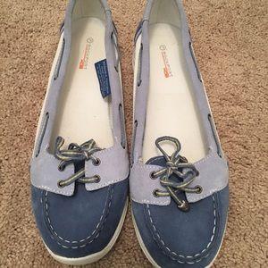 Rockport Shoes - Super cute Rockport Boat shoes. Size 7