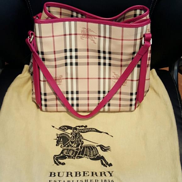 c4195c606634 Burberry Handbags - Rarely Used Authentic Burberry Haymarket