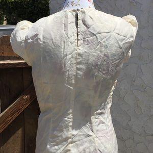 CAbi Tops - Cabi Silk Textured Floral Cream Short Sleeve Top