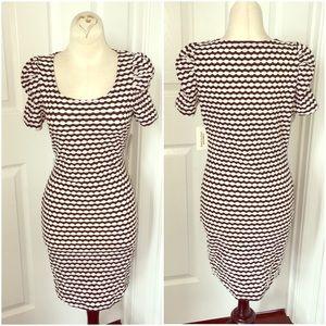 Forever 21 Black and White Short Sleeve Dress Sz M