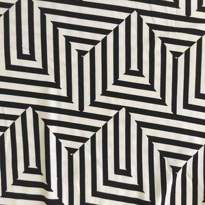 Eyeshadow Dresses - Fun Black and White Geometric Tie Back Dress