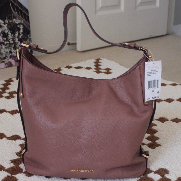 0432a27e85a7 HP✨ 140✨ Michael Kors Bedford Large Shoulder Bag